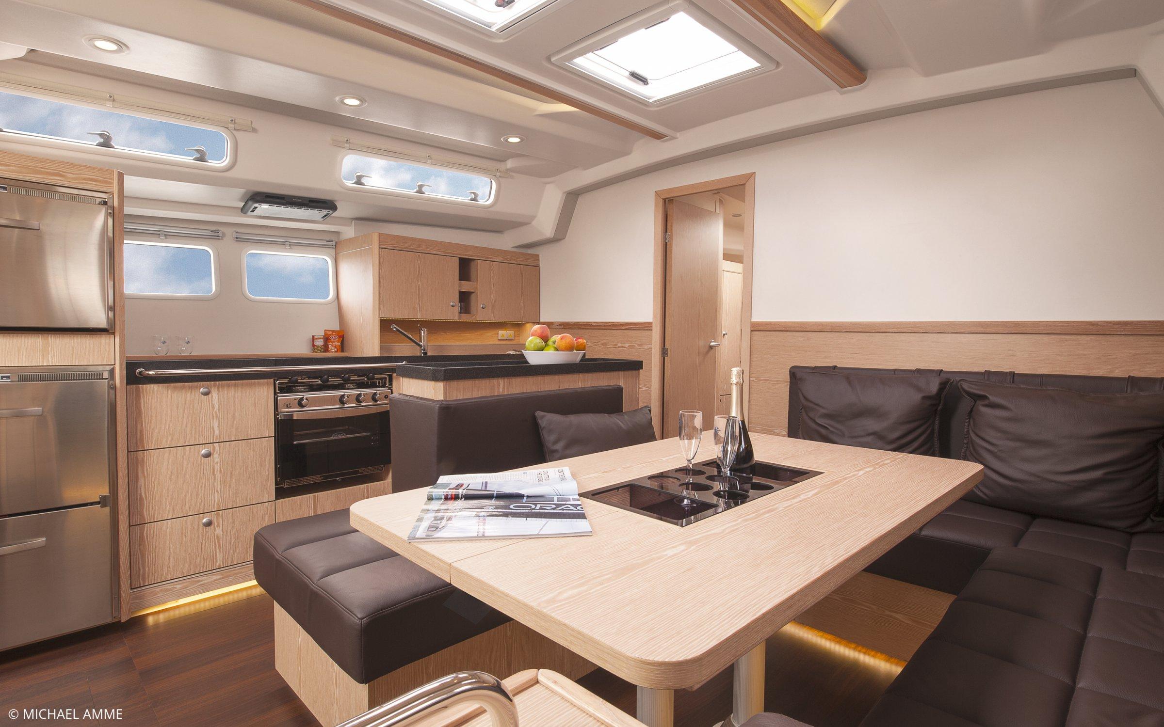 Boot Segelyachten 46 ft - 50 ft Interieur