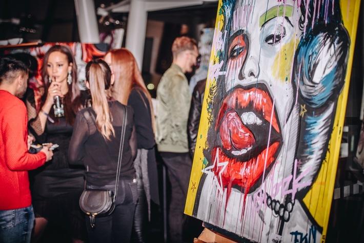 Design-Hotel präsentierte die Kunstwerke des Streetart-KünstlersPop Up Art: Erfolgreicher Start für die neue Kunst-Event-Reihe im Le Méridien Hamburg / Das Hamburger Design-Hotel präsentierte die Kunstwerke des Streetart-Künstlers Efkan Irkilata. Belle Etage Le Méridien Hamburg Vernissage.
