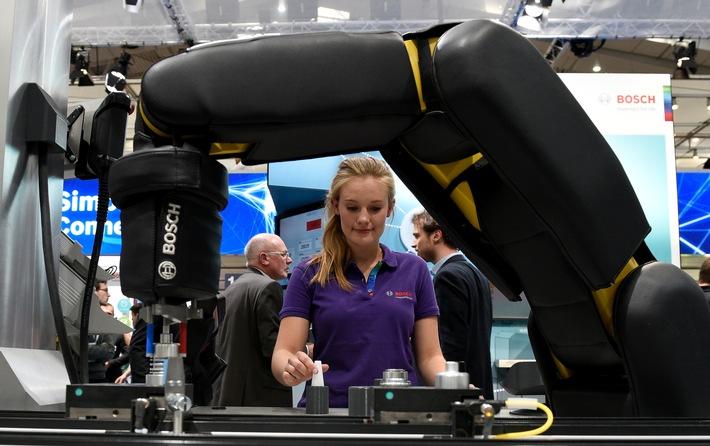 In der Fabrik der Zukunft steht der Mensch im Mittelpunkt.